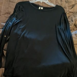 Catos Black Longsleeve top